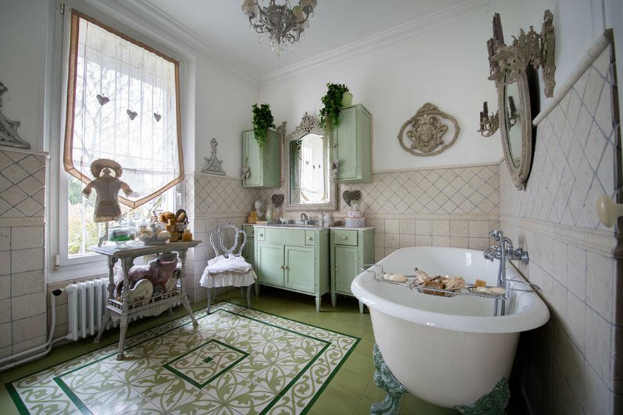 salle de bain | maison esprit boudoir | location pour tournages ... - Salle De Bain Maison