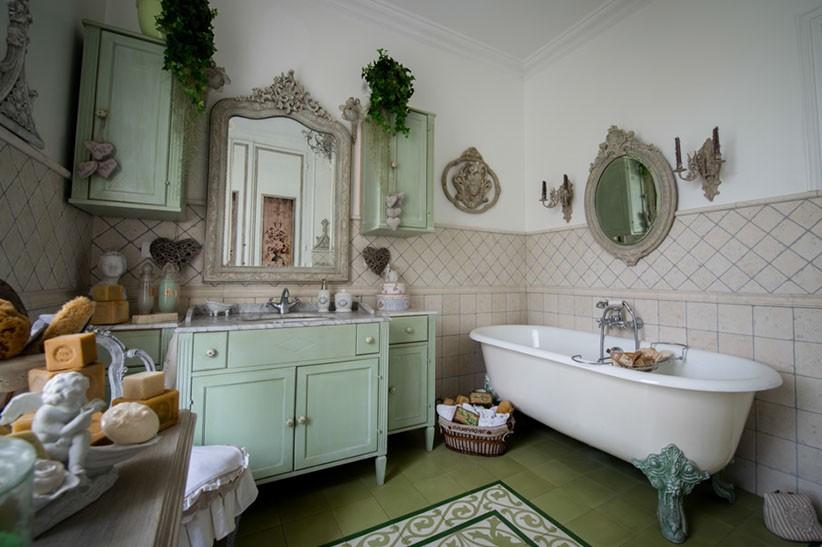 salle de bain maison esprit boudoir location pour