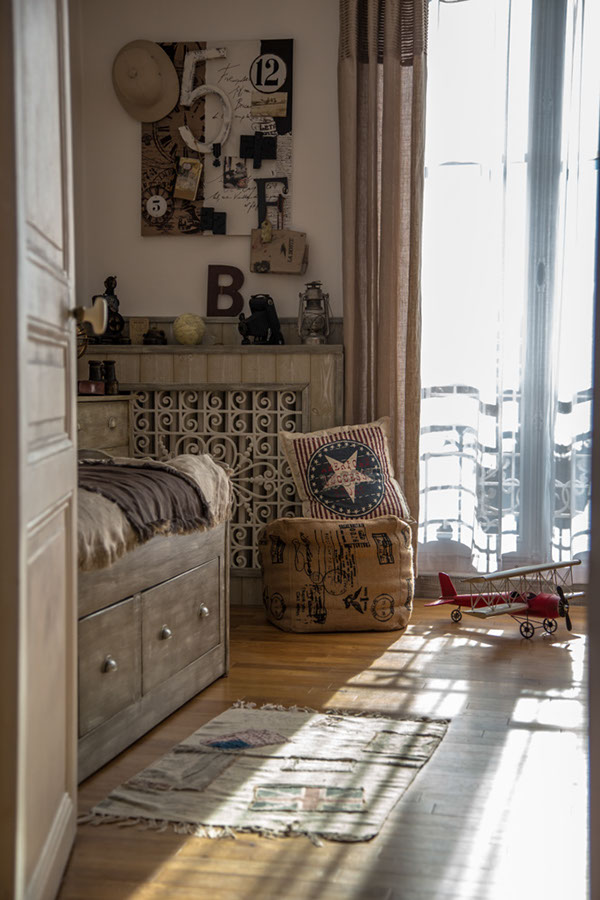 chambre voyage maison esprit boudoir location pour tournages shootings. Black Bedroom Furniture Sets. Home Design Ideas